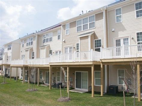 apartments for rent gaithersburg md crossing townhomes rentals gaithersburg md