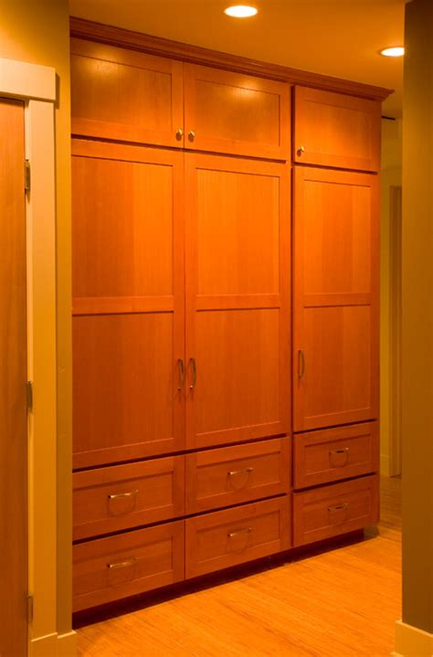 vertical grain fir cabinet doors affordable custom cabinets showroom