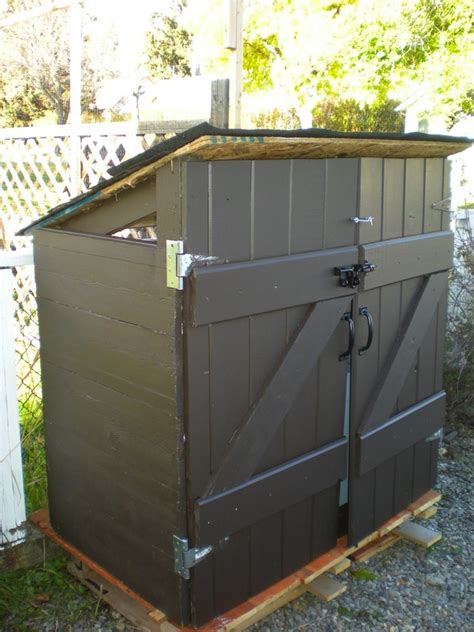 diy outdoor trash can cabinet diy trash can shed genius pallets pallet projects and