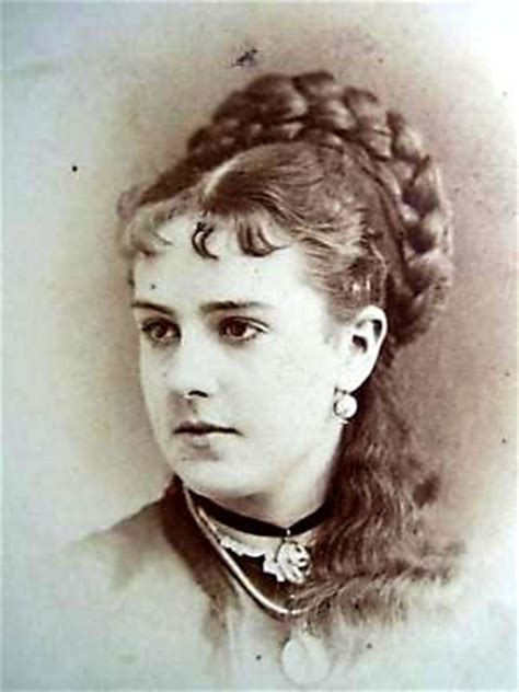 19th Century Hairstyles by Http Www Rapunzelsdelight Updos Updos Html 19th