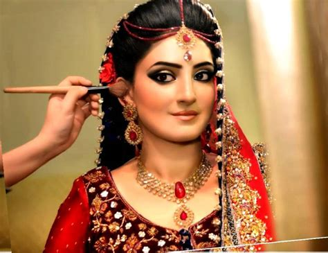 indian wedding hairstyles for shoulder top 30 most beautiful indian wedding bridal hairstyles for