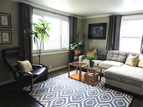 hgtv small living rooms small but mighty neutral living room 2014 hgtv