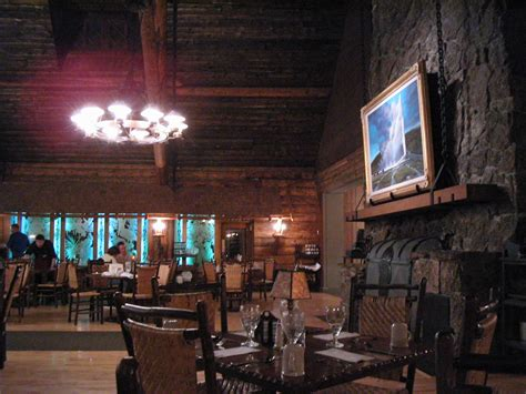 Old Faithful Inn Dining Room by Old Faithful Inn Dining Room Amp Bear Pit Lounge