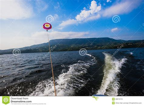 key west boats dealer cost para sailing near coast editorial image cartoondealer