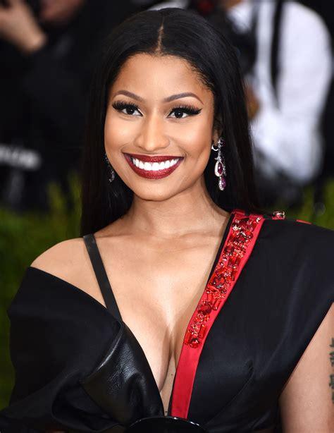 Pics Of Nicki Minaj Hairstyles by Nicki Minaj Bangs Hairstyles 42lions