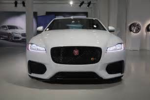 How Much Does A Jaguar Weight 2016 Jaguar Xf Is Light On Weight Heavy On Tech