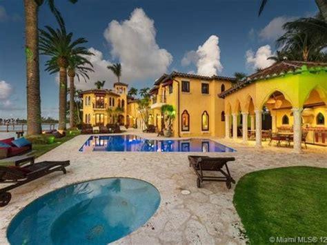 celebrity homes enrique iglesias miami house haammss enrique iglesias former miami beach mansion costs 19 5m