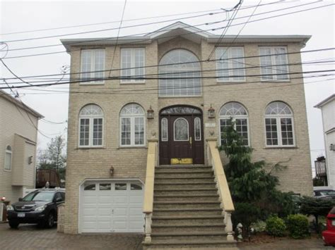 multi family homes for sale staten island ny