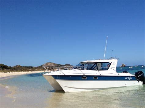 catamaran power boat brands arrowcat power catamarans awarded consecutive nmma