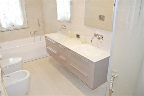 vasca da bagno mobile lavabi angolari con mobile