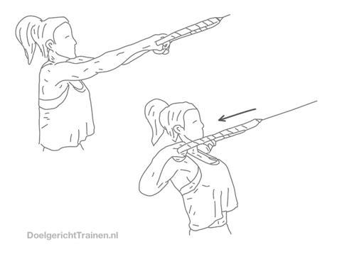 roeien in de sportschool kabel roeien hoog doelgericht trainen