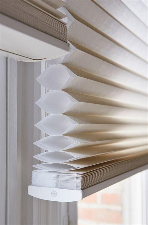 plisse gordijnen isolatie duette gordijnen decoratief licht en functionele isolatie