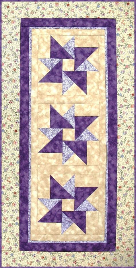 pattern for wall quilt hanger table runner pattern wall hanging quilt pattern twisted