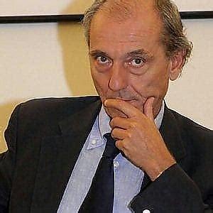 procura della repubblica di napoli ufficio denunce bologna rifiuti davanti alla procura giovannini denuncia