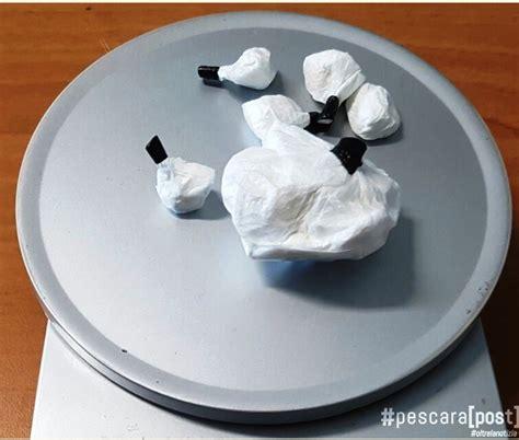 cocaina fatta in casa beccato con pi 249 di un etto di cocaina in casa a