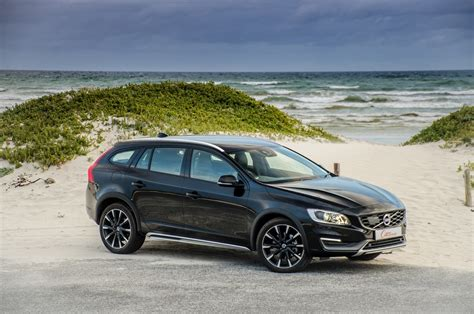 t5 volvo volvo v60 cross country t5 2015 review cars co za