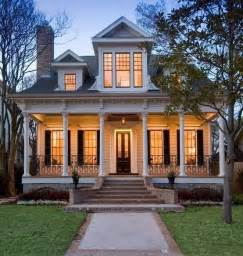 New Orleans Style Homes by New Orleans Style Proud As A Peacock Home Styles