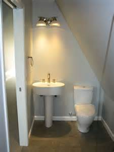 Attic Bathroom Ideas 25 Best Ideas About Small Attic Bathroom On Pinterest