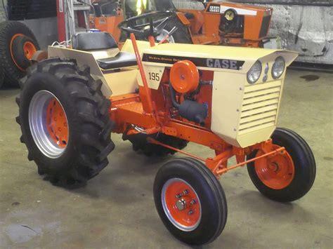 Caterpillar Wt 195 35 129 garden tractor
