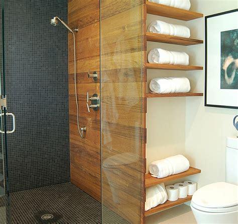 badezimmer regal aus holz wandregale f 252 r badezimmer praktische moderne badeinrichtung