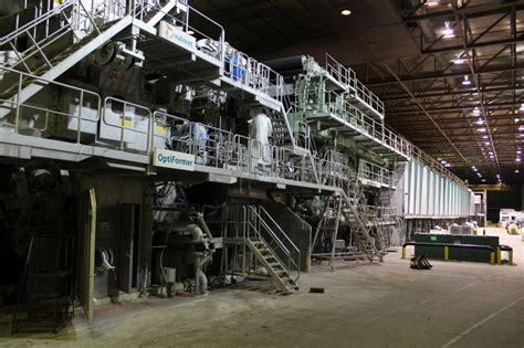 Paper Machines - 320 quot valmet supercalendered paper machine