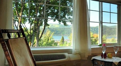 hood river bed and breakfast bed and breakfast villa columbia bed breakfast hood river