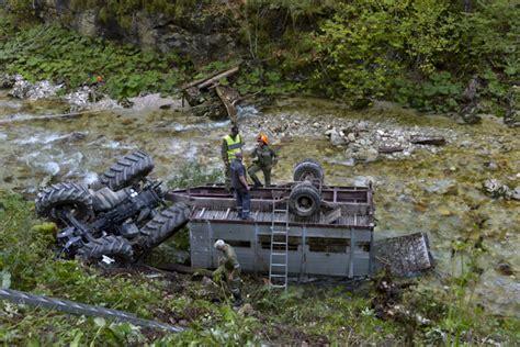 werkstatt anhänger traktorbergung freiwillige feuerwehr micheldorf in o 214