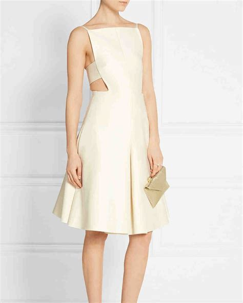 Best Dresses to Wear to a Bridal Shower This Spring
