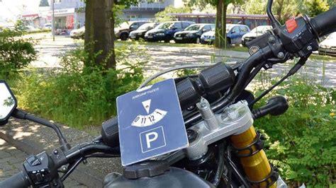 Motorrad Schule Frankfurt by Streit Um Parkscheibe F 252 R Moped In R 246 Dermark Sch 252 Ler Muss