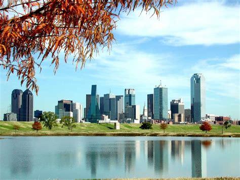 Dallas Tx Search Dallas Tx Downtown Dallas Skyline Photo Picture Image At City Data