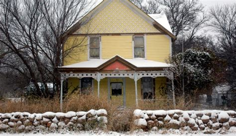 buying a fixer upper house fixer upper homes is there a loan for that