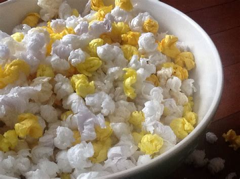 How To Make Popcorn Out Of Paper - popcorn artzcool s