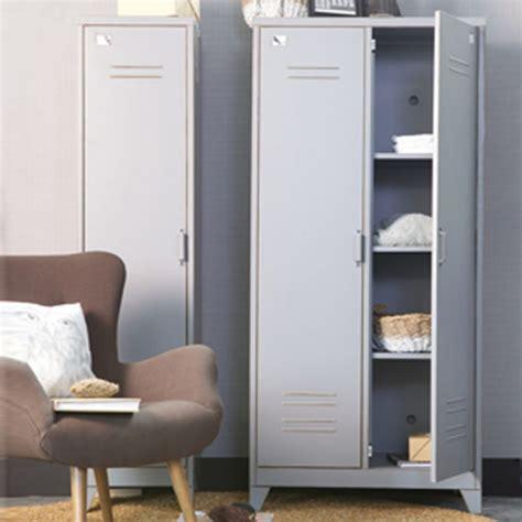 armoire metal but armoire en m 233 tal type casier 2 portes max decoclico