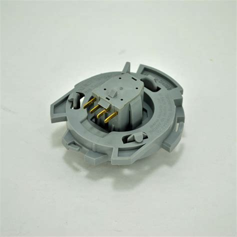 mower seat switch deere seat safety switch am130453