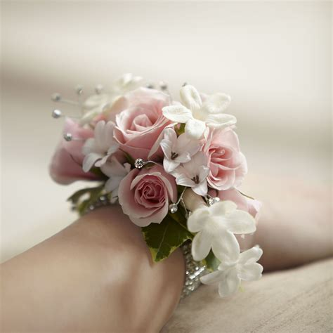 corsage colors leslie s corsage instead of bouquet but in our colors