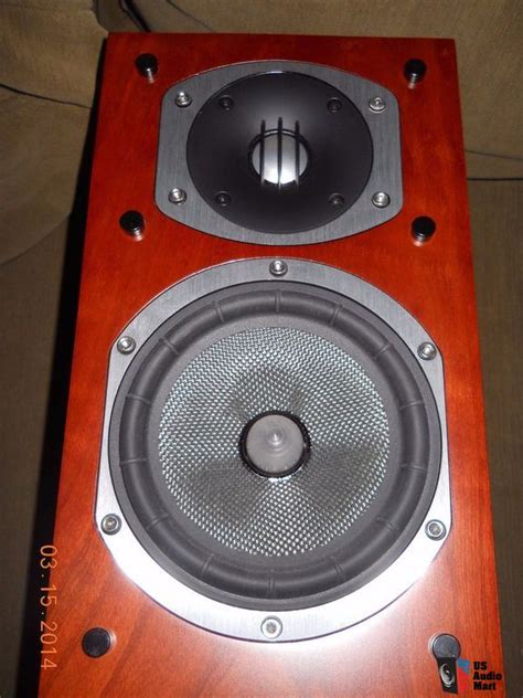 cherry wood energy rc 10 bookshelf speakers photo