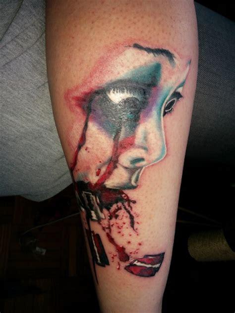 Motorrad Tacho Tattoo by Xwolf84 Frau Mit Rasierklingen Tattoos Von Tattoo