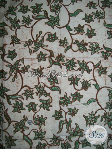 Kain Batik Tiga Bunga kain batik motif bunga warna hijau bahan berkwalitas dan cocok untuk wanita elegan k1154bt