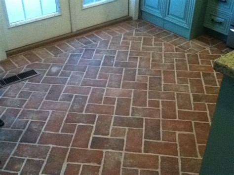 17 beste idee 235 n over brick tile floor op pinterest