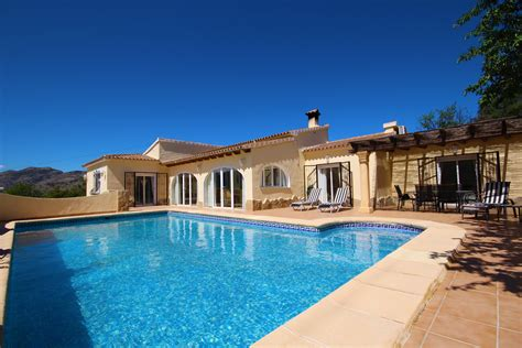 is it a good time to buy a house is it a good time to buy property in spain jacaranda property spain