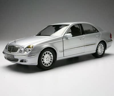 Mercedes E Class Coupe Diecast Miniatur kyosho mercedes e crass sedan w211 iridium silver 09002si in 1 18 scale mdiecast