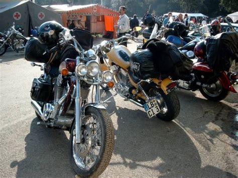 Motorrad Suzuki Augsburg by American Car Club Augsburg Intruder Treffen 2002 Auf