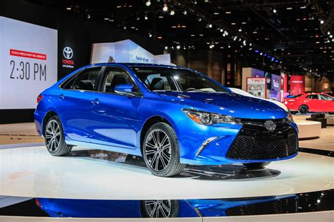 toyota special 2016 toyota camry corolla special edition to bow at chicago