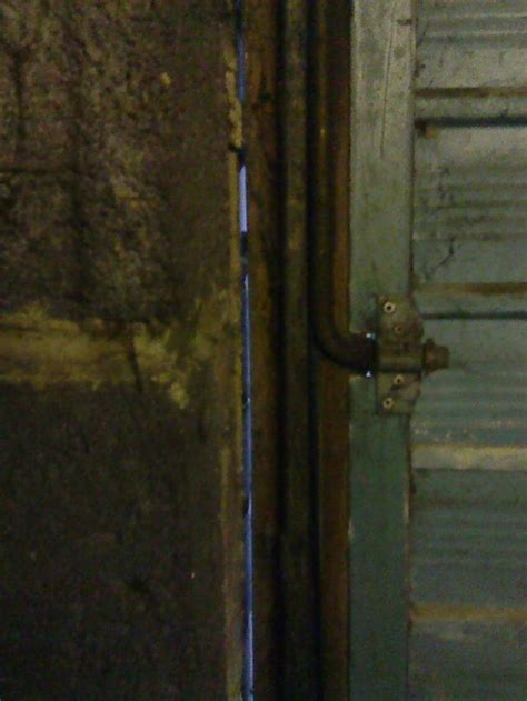 Big Gap Between Garage Door Wood Frame Brick Wall Garage Door Gap Side