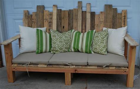 holzpaletten sofa diy m 246 bel aus europaletten 101 bastelideen f 252 r