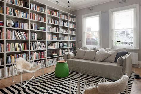 bibliothek einrichten 47 einrichtungsdeen f 252 r hausbibliothek und b 252 cherregalwand