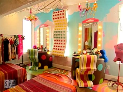 candy bedroom candyland bedroom on pinterest pool noodles ceiling