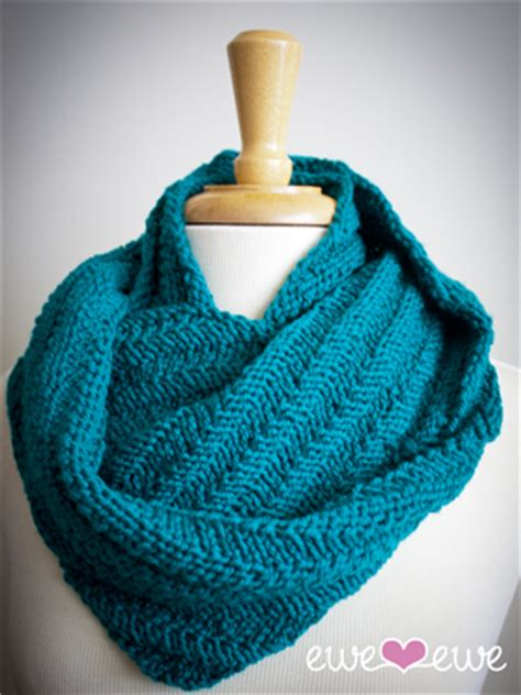 knitting pattern scarf circular needle happy cowl knitting pattern ewe ewe yarns