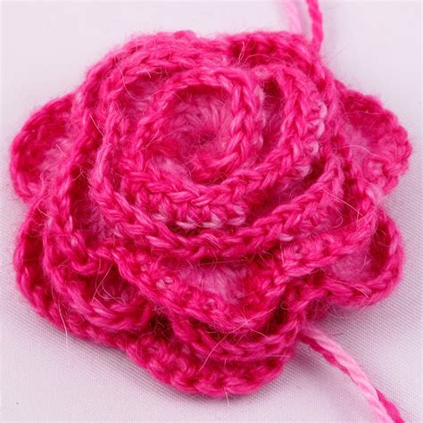 free pattern to crochet a rose crocheted rose pattern knitting and crochet knitting