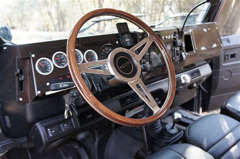 volante defender tableau de bord complet acc16 peinture carrosserie avec